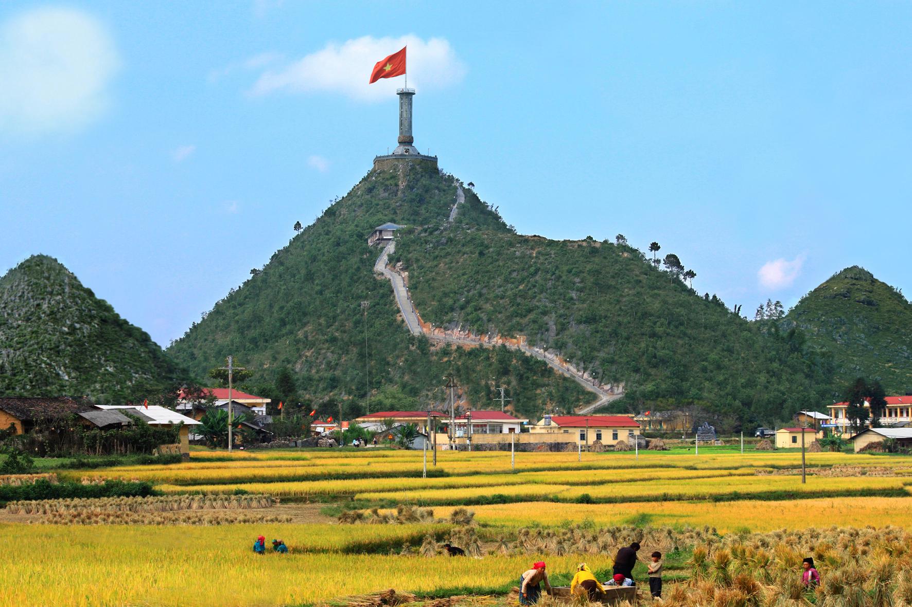 Bắc Giang - Hà Giang - Cao Nguyên Đồng Văn - Lũng Cú 4 Ngày